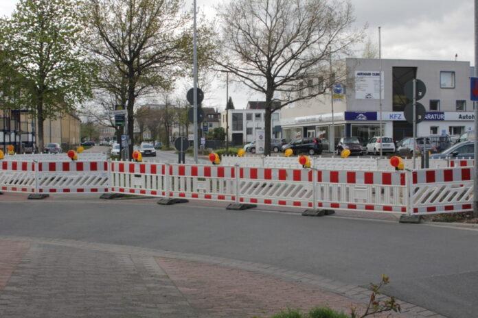 Sperrung der Kreuzung Hackethalstraße / An der Autobahn