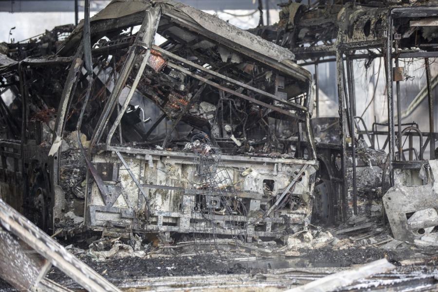 Bus ausgebrannt