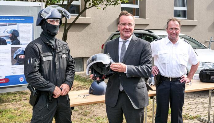 Zentrale Polizeidirektion Niedersachsen stellt neuste Technik vor