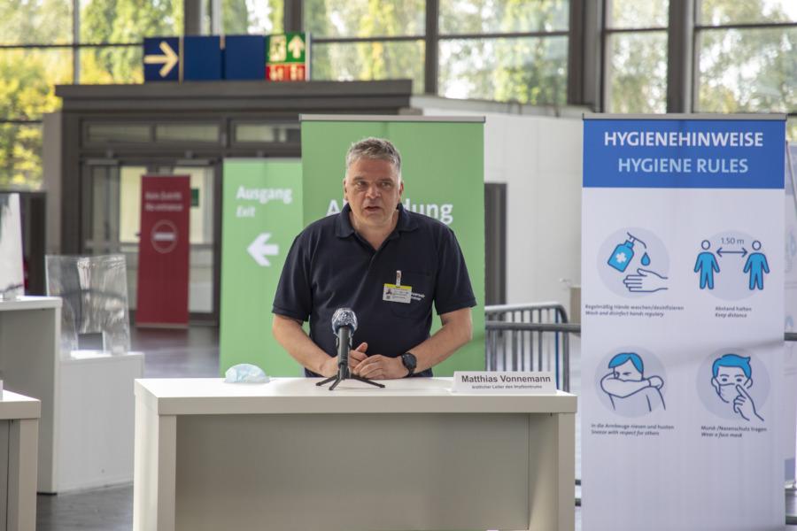 Der ärztliche Leiter des Impfzentrums Matthias Vonnemann