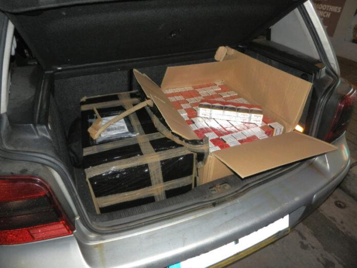 Zigarettenschmuggel im Kofferraum