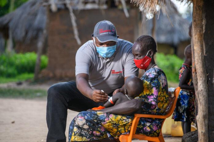 Arzt Impfung Uganda